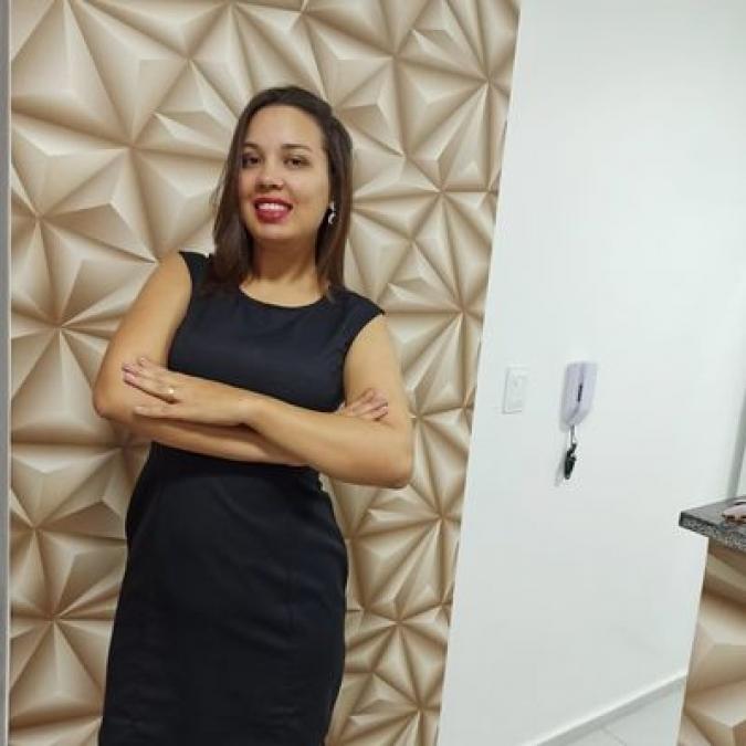 Dra. Fabiana de Moraes Santos, Advogada, Especialista em Direito do Trabalho e Processo do Trabalho, Especializando se em Direito da Seguridade Social - Previdenciário e Pratica Previdenciária , Membr